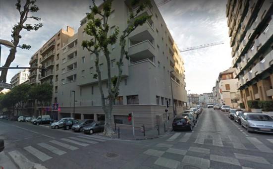 V000450 castellane 13006 france immobili re pujol for Garage marengo marseille