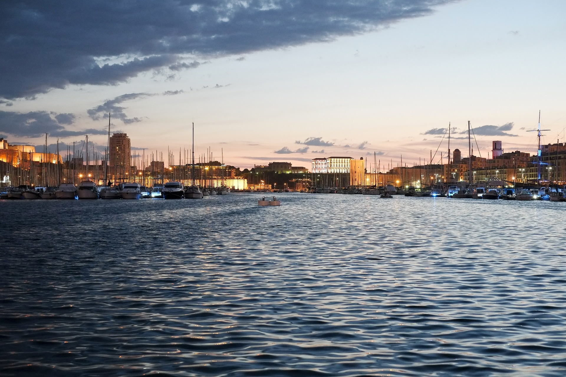 Investir à Marseille pour dans 20 ans : où investir et quoi acheter ?