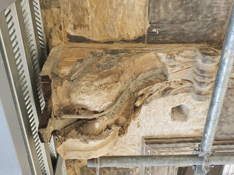 renovation corbeaux sur facade marseille